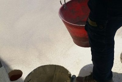 Spolvero di sabbia al quarzo su Sikabond T8