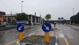 Deviazione per via dell'Artigianato - via Vigonovese senso unico direzione Padova
